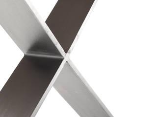ที่เรียบง่าย  โดย Etienne Design, มินิมัล