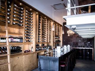 Axios Arquitectos Modern bars & clubs