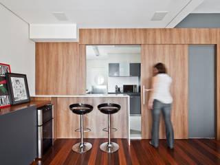 Apartamento Pinheiros Salas de estar minimalistas por Laranja Lima Arquitetura Minimalista