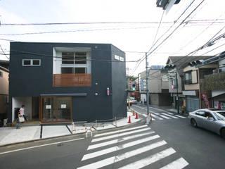 一級建築士事務所 本間義章建築設計事務所 모던스타일 주택 검정
