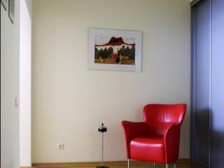 Реализованный проект интерьеров квартиры 124 кв. метра в ЖК Город солнца: Коридор и прихожая в . Автор – интерьеры от частного дизайнера, Минимализм