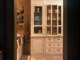Credenza Cucina in stile rustico di Anna Paghera s.r.l. - Interior Design Rustico