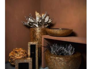 Vasen:   von Adiem AG