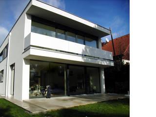 Haus D:  Terrasse von Studio Berner.Stolz Architekten ZT-OG