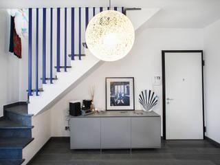 地中海スタイル 玄関&廊下&階段 の Alessandro Corina Interior Designer 地中海