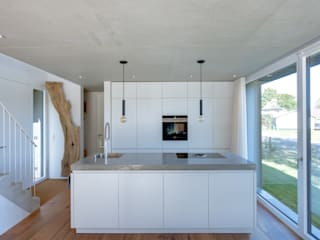 Modern style kitchen by Möhring Architekten Modern