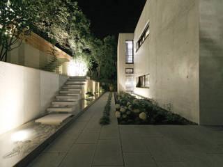 Houses by Blocher Blocher India Pvt. Ltd.