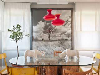 eclectic Dining room by BELEN FERRANDIZ INTERIOR DESIGN