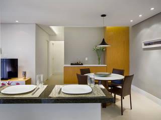 São Caetano 63 Salas de jantar modernas por Casa 27 Arquitetura e Interiores Moderno