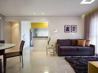 São Caetano 63 Salas de estar modernas por Casa 27 Arquitetura e Interiores Moderno