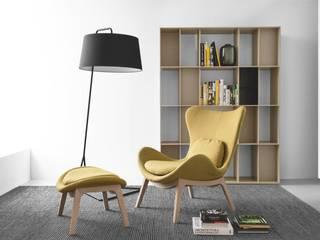 modern  by MUEBLES OYAGA, Modern