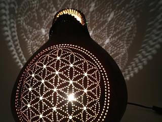 """Lampe Kürbislampe Kalebassenlampe """"Flower of life"""" mit Jadeperlen Atelier Pumpkin-Art WohnzimmerBeleuchtung Braun"""