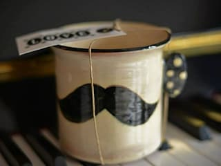 "Mug collection "" Moustache Time"" par les pots de vanille Éclectique"
