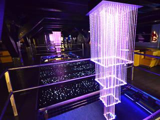 Bar & Klub Modern Oleh SOLED Projekty i Dekoracje Świetlne Jacek Solka Modern