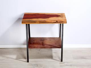 Beistelltisch, kleiner Tisch mit einer Pao Rosa Vollholzplatte:   von Rough And Ready