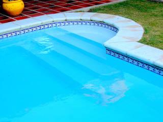 Modern Pool by Piscinas Scualo Modern