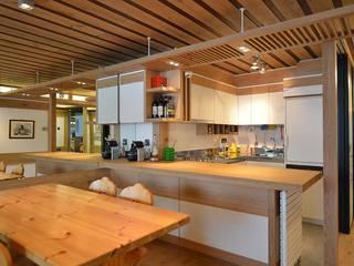 VITTORIO GARATTI ARCHITETTO Modern kitchen Wood