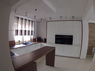STUDIO BB ARCHITEKCI TOMASZ BRADECKI Modern style kitchen
