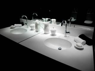 Nowoczesna łazienka od Elías Arquitectura Nowoczesny