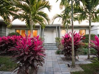 Elías Arquitectura Jardines de estilo moderno
