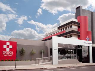 Hospitals by Suelen Kuss Arquitetura e Interiores, Modern