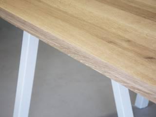 Stół jadlany Blaise od Blaise Handmade Furniture Minimalistyczny