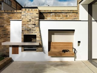 Gretel House:  Garden by Simon Gill Architects