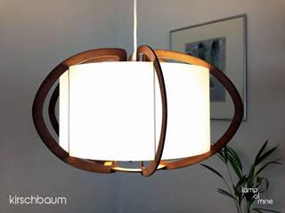 lom5 - Hängelampe Holz von lamp of mine Skandinavisch