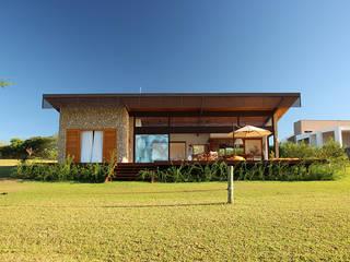 PROJETO CASA DA REPRESA: Casas  por Ambienta Arquitetura ,Campestre