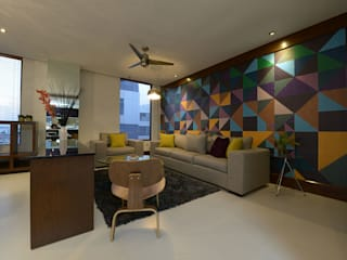 ESTUDIO TANGUMA Modern living room Multicolored