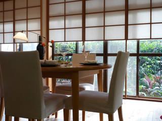 Ruang Keluarga by T設計室一級建築士事務所/tsekkei