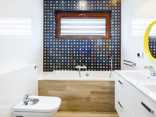 COCO Pracownia projektowania wnętrz Salle de bain moderne