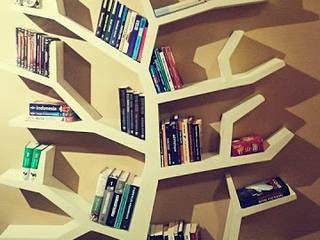 Regał drzewo 215x150x20cm: styl , w kategorii  zaprojektowany przez INSPIRUJĄCE PÓŁKI