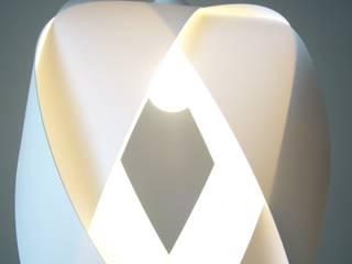KARO DAME: modern  von TROMMELWIRBEL,Modern