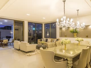 Residência A & F Classic style dining room by Lyssandro Silveira Classic