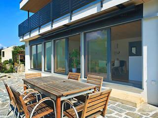 Haus Tessin:  Terrasse von Holzhaus-Rosskopf