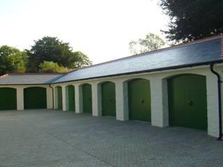 Garage / Hangar de style  par louise2, Moderne