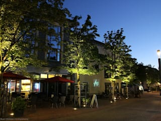 Jardines de estilo moderno de OC|Lichtplanung Moderno