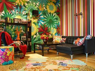 现代客厅設計點子、靈感 & 圖片 根據 Бюро Акимова и Топорова 現代風