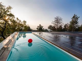 Pool am Dach:  Pool von PLANET architects
