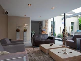 Livings modernos: Ideas, imágenes y decoración de Hans Been Architecten BNA BV Moderno