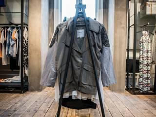 Showroom Pepe Jeans en Haarlem - Holanda Espacios comerciales de estilo moderno de gs arquitectos Moderno