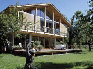 Casas de estilo  por Bau-Fritz GmbH & Co. KG, Moderno