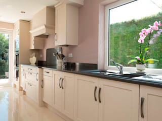 sophistication in cream Chalkhouse Interiors Kitchen Wood