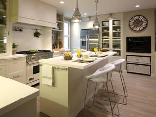 Cocinas eclécticas de DEULONDER arquitectura domestica Ecléctico
