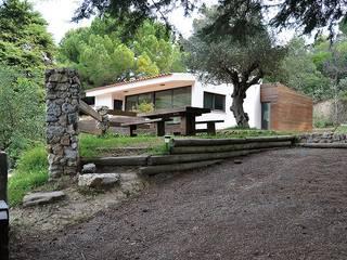 Casa na Arrábida por HighPlan Portugal Mediterrânico