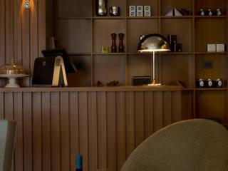 Salas de jantar modernas por Paula Herrero | Arquitectura Moderno