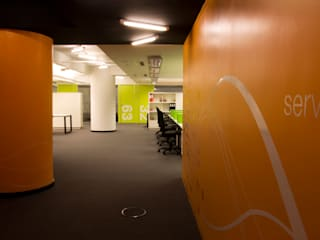 Paula Herrero | Arquitectura Modern study/office Orange