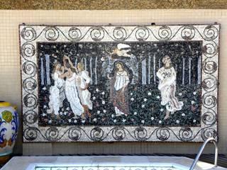 Klasyczny balkon, taras i weranda od Mosaico Leonardo Posenato Klasyczny