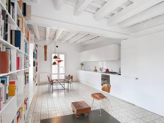 manrique planas arquitectes Dapur Modern
